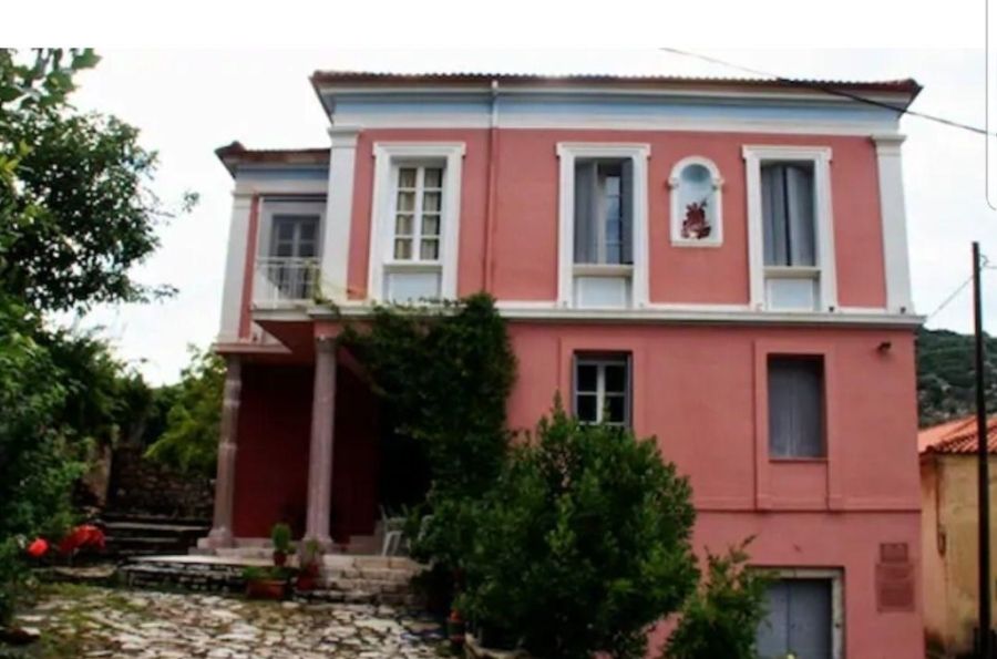 (For Sale) Residential || Ileias/Andritsaina - 585 Sq.m, 6 Bedrooms, 500.000€